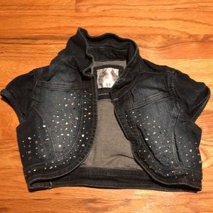 A justice cropped vest for your 8 year old!
